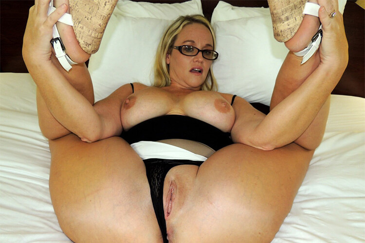 https://www.sexy-fotze.com