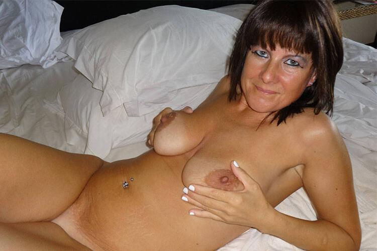 https://fickfotos.gratis-pornobilder.com