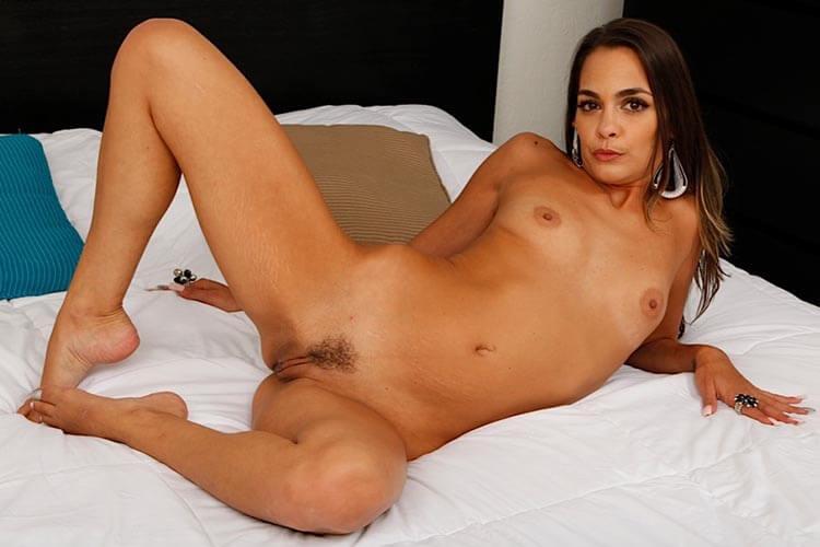 https://inzest-sex.amateur-sexvideochat.com